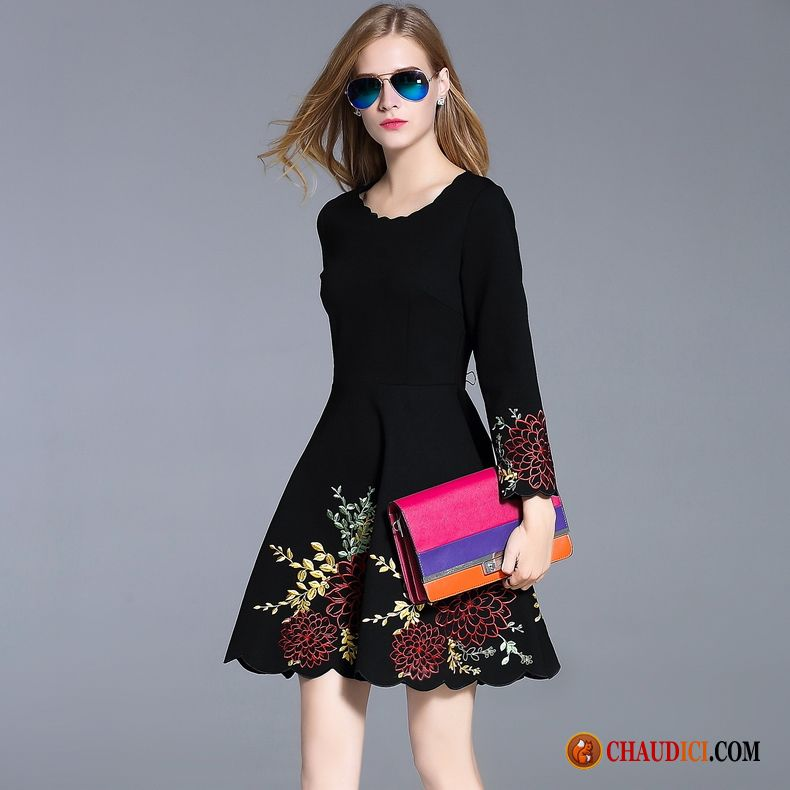 8b861548ffd Robes En Coton Pour Femmes Lilas L automne Noir Broderie Tendance Longues  Pas Cher